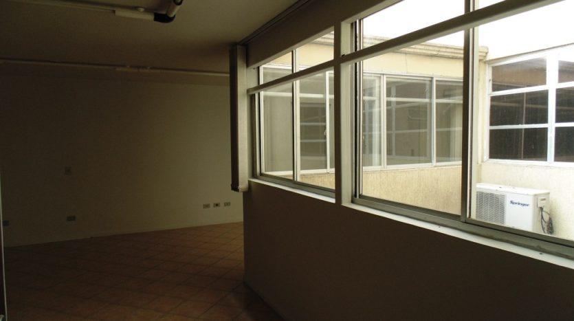 Conjunto comercial com ampla sala