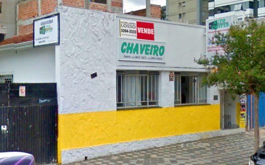 Ampla casa comercial no Centro de Curitiba